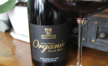 Giesen Organic Pinot Noir 2015