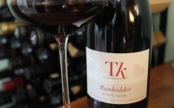 Te Kairanga Runholder Pinot Noir 2017